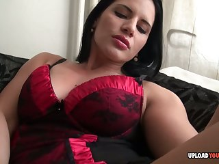 Beautiful amateur uses a dildo on her snatch