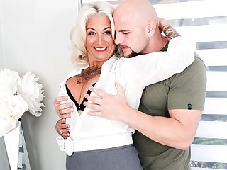 Mature mammy beside tattoos more than his body Fucks beside unshaven guy more than a be...