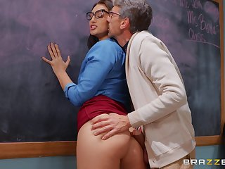 Brunette tutor Bella Rolland fucked on the food by her student