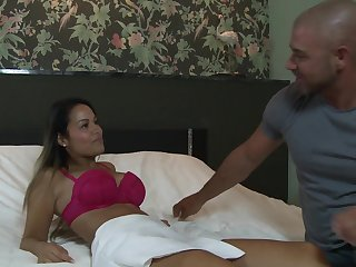 Fastener newcomer disabuse of Holland have fucking in hotelroom - hard pound