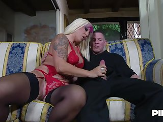 Christie Dom is moaning while duo younger guys are fucking her brains out, in olden days