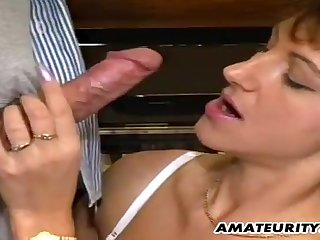 Brunette grown-up got pussy railed by the piano