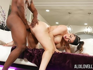 black hunk shows this curvy ass woman proper hardcore fucking