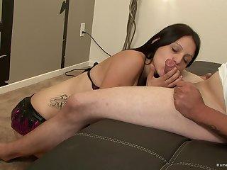 Young cutie pie sucks dick until hose down pops sperm on her face