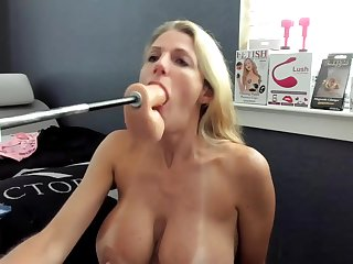 Fucking machine fucks her on Webcam Show