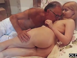 legal yo lassie smooching increased by pokes her step daddy in his bedroom